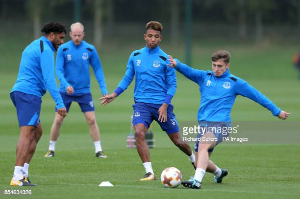 Everton's Mason Holgate and Jonjoe Kenny during the training session at Finch Farm Liverpool PRESS ASSOCIATION Photo Picture date Wednesday September...