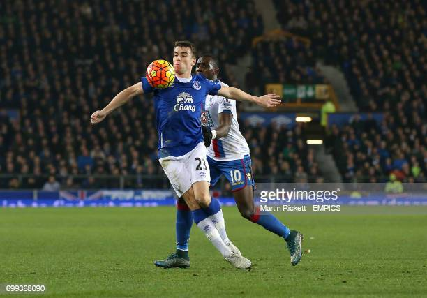 Everton's Seamus Coleman and Crystal Palace's Yannick Bolasie battle for the ball