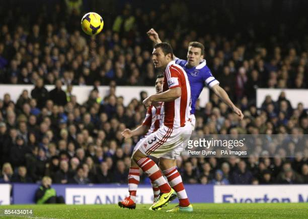 Everton's Seamus Coleman scores his side's second goal of the game