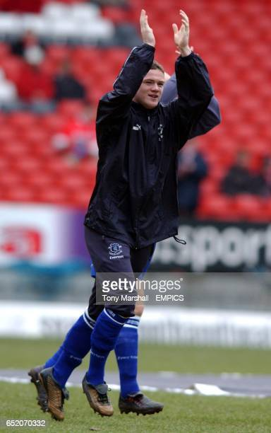 Everton's Wayne Rooney applauds the fans during the warm up before the game against Charlton Athletic