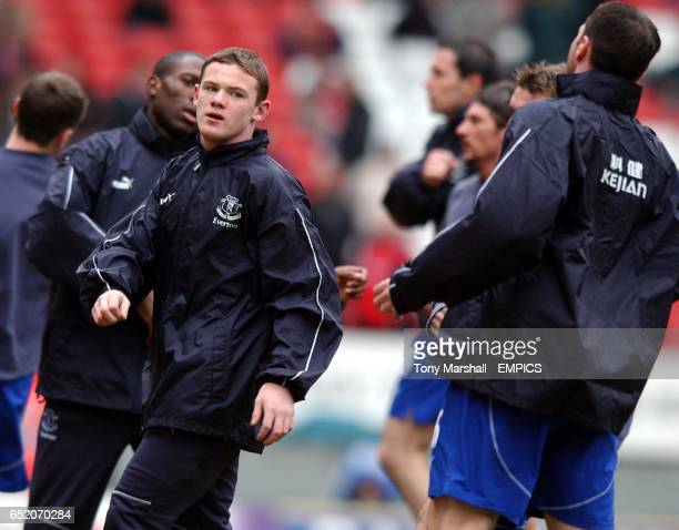Everton's Wayne Rooney during warm up for the game against Charlton Athletic