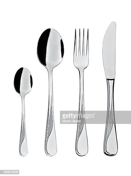 Uso quotidiano acciaio posate, cucchiaio, forchetta, cucchiaio, coltello, isolato su bianco
