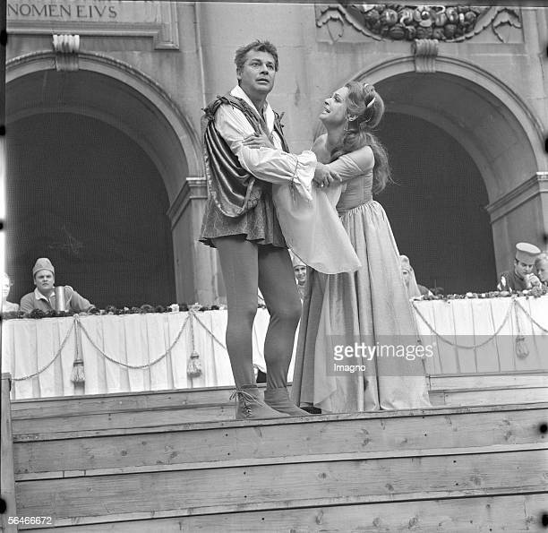 Everyman Walther Reyer as Everyman and Nadja Tiller as Paramour Salzburg Festival Photography 1968 [Jedermann Walther Reyer als Jedermann und Nadja...