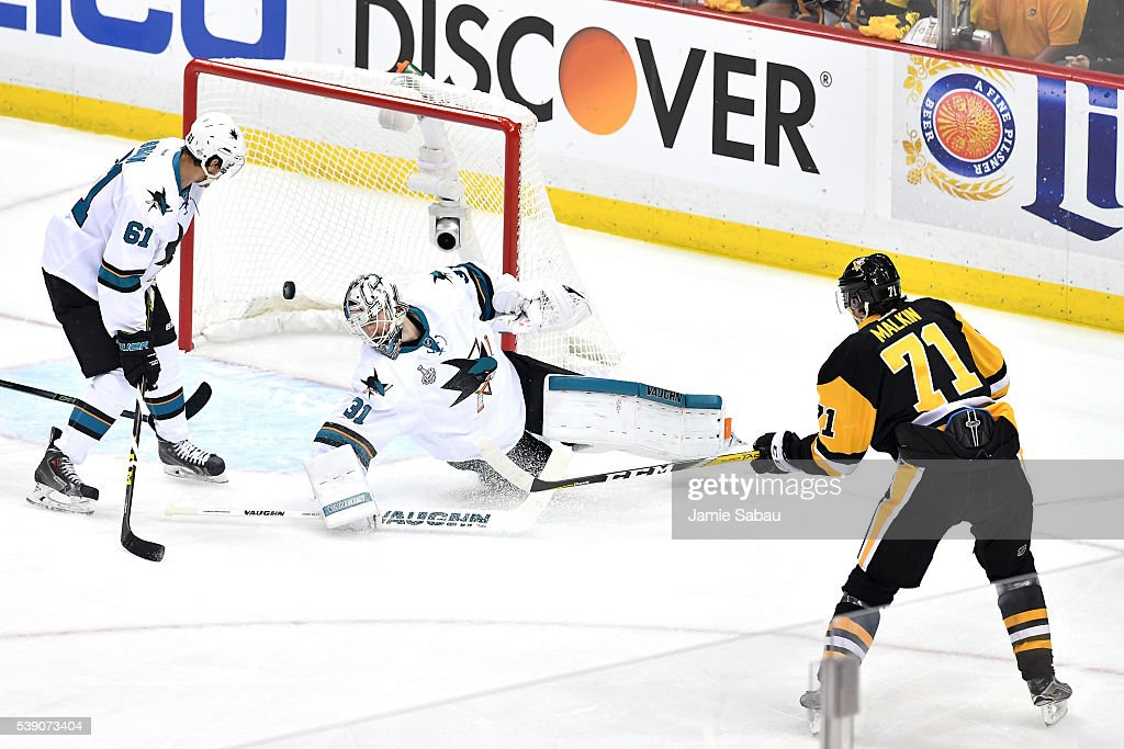 Evgeni Malkin of the Pittsburgh Penguins scores a goal against Martin Jones of the San Jose Sharks during the first period in Game Five of the 2016...