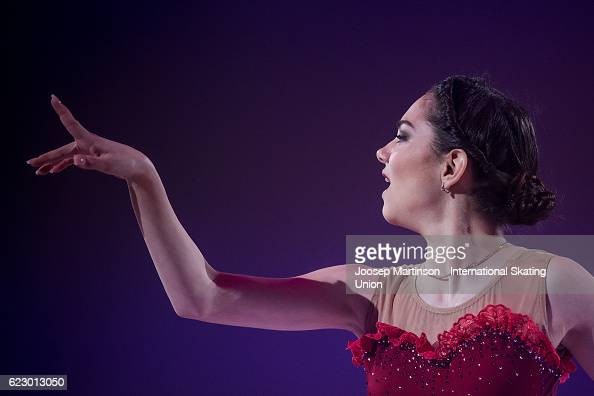 Евгения Медведева - 2 - Страница 47 Evgenia-medvedeva-of-russia-performs-during-gala-exhibition-on-day-picture-id623013050?s=594x594