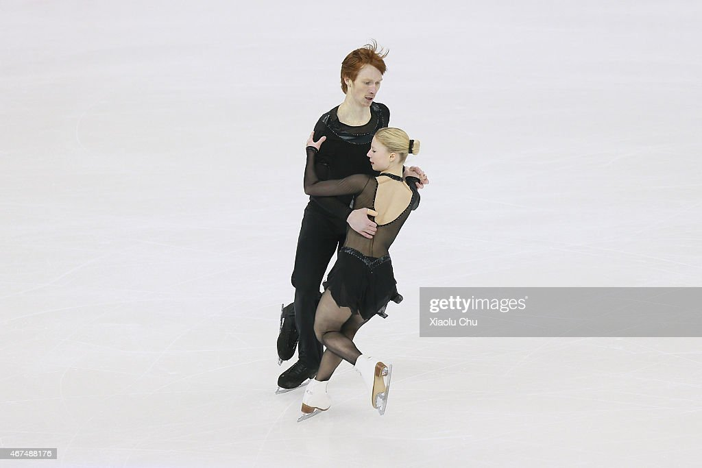 Evgenia Tarasova and <a gi-track='captionPersonalityLinkClicked' href=/galleries/search?phrase=Vladimir+Morozov&family=editorial&specificpeople=6614710 ng-click='$event.stopPropagation()'>Vladimir Morozov</a> of Russia perform during the Pairs Short Program on day one of the 2015 ISU World Figure Skating Championships at Shanghai Oriental Sports Center on March 25, 2015 in Shanghai, China.
