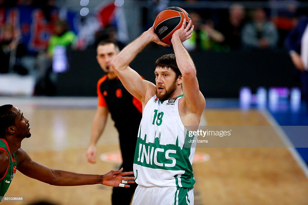 Baskonia Vitoria Gasteiz v Unics Kazan - Turkish Airlines Euroleague