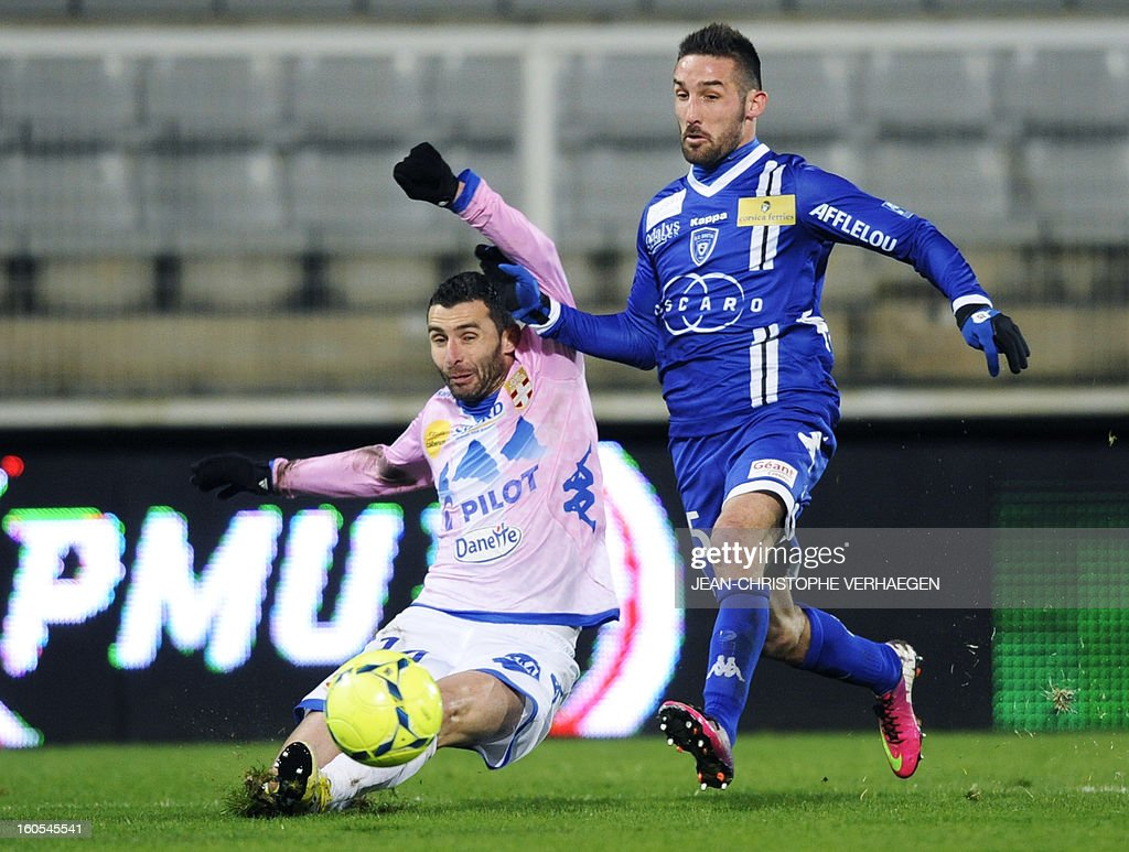 Evian's French midfielder Cedric Barbosa (L) vies with Bastia's French midfielder Julian Palmieri (R) during the French L1 football match Bastia (SCB) vs Evian (ETGFC) at the Abbe Deschamps Stadium, on February 2, 2013 in Auxerre. AFP PHOTO / JEAN-CHRISTOPHE VERHAEGEN