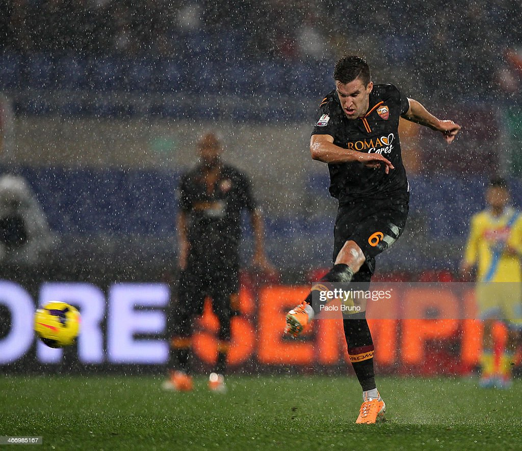 K evin Strootman of AS Roma scores the second team's goal during the TIM Cup match between AS Roma and SSC Napoli at Olimpico Stadium on February 5, 2014 in Rome, Italy.