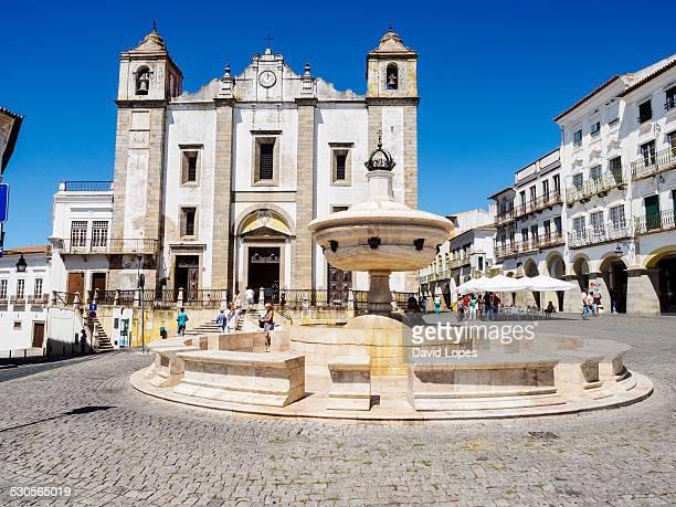 Evora Plaza