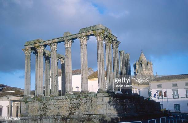 Evora - Roman Temple of Diana, Museum & cathedral beyond
