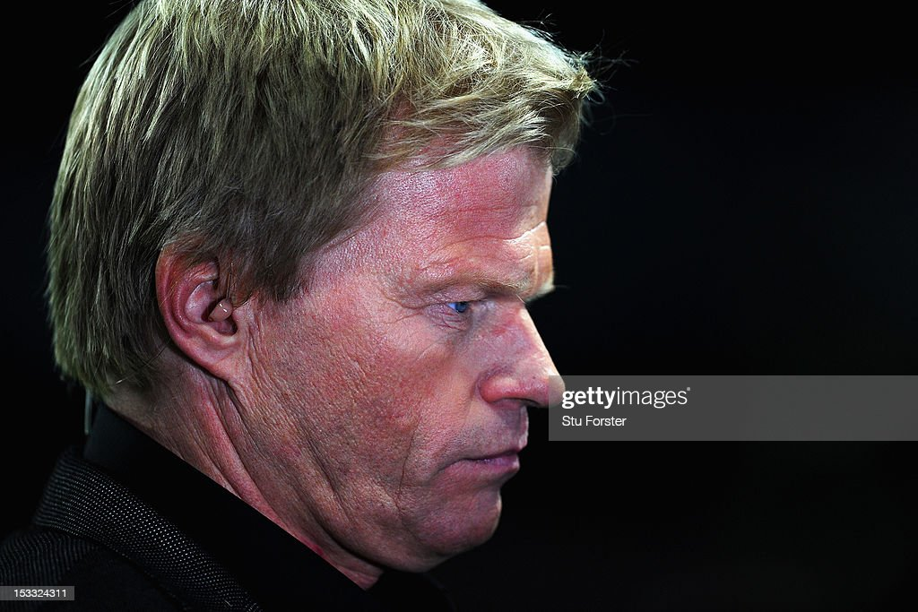 Ex Bayern Munich and Germany international Oliver Kahn looks on during the UEFA Champions Le... Show more - ex-bayern-munich-and-germany-international-oliver-kahn-looks-on-the-picture-id153324311