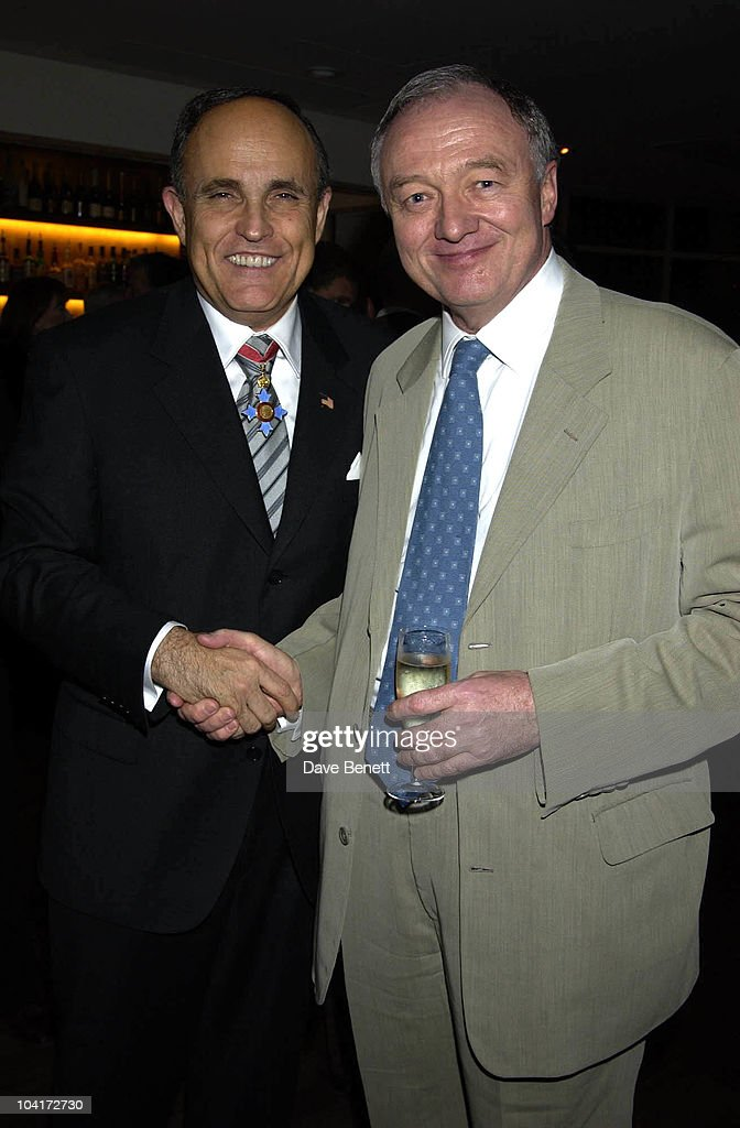 Ex Mayor Of New York Rudolph Giuliani & London Mayor Ken Livingstone, Charity Auction For Signed Photos For Twin Towers Fund, At The Royal Academy Of Arts, Piccadilly, London