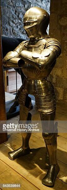 Example of Maximilian armour a term applied to the style of early 16thcentury German plate armour Dated 16th Century