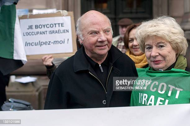 Exbishop Jacques Maillot demonstrates on November 17 2011 in support of 12 proPalestinian activists charged with 'inciting discrimination hate or...