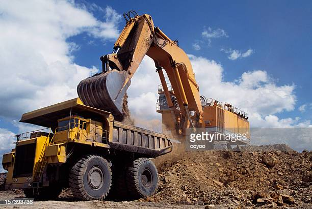 Excavation Vehicle & dump