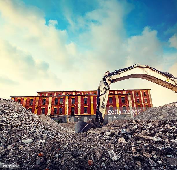Excavator au chantier de Construction