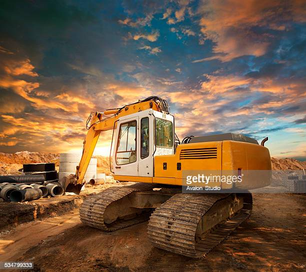 Excavator sur un chantier de construction
