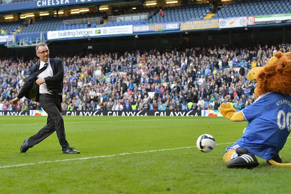 Soccer - Barclays Premier League - Chelsea v Cardiff City - Stamford Bridge : News Photo