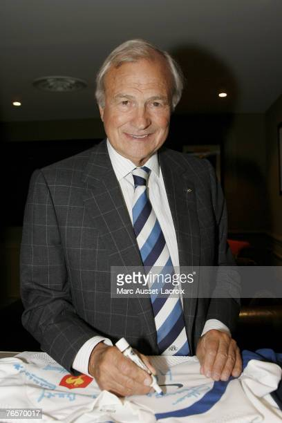 PARIS SEPTEMBER 07 Exclusive Coverage Claude Bebear CEO of Axa attends the opening of 'Barbarians Friends private party' avenue de Friedland on...
