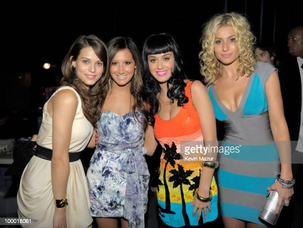 NEW YORK MAY 20 *Exclusive* Lyndsy Fonseca Ashley Tisdale Katy Perry and Aly Michalka backstage at the CW Network's 2010 upfront presentation at...