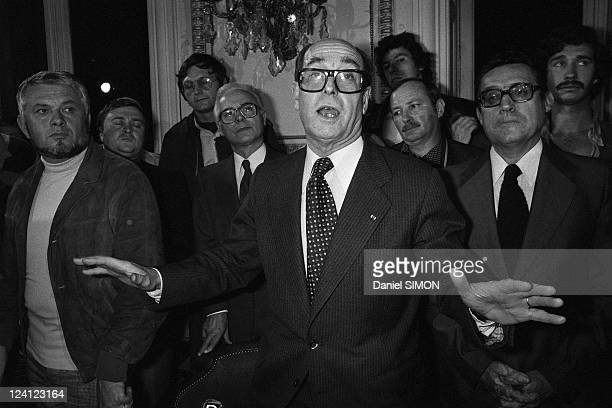 Execution of Jacques Mesrine at the porte de Clignancourt in Paris France on November 03 1979 Press conference of Maurice Bouvier director of the...