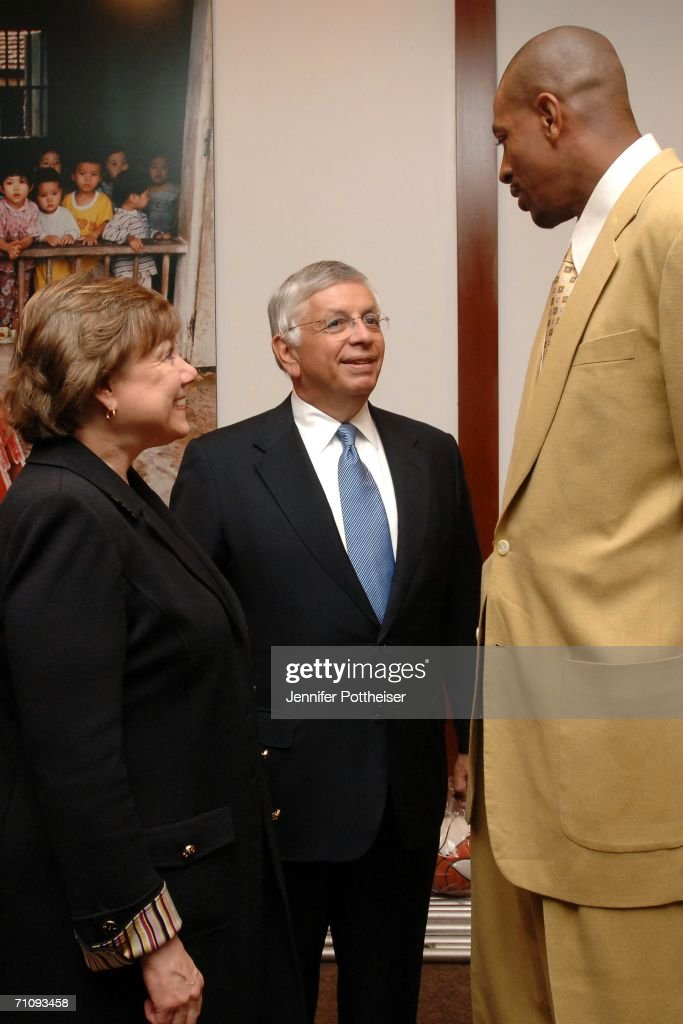 UNICEF Executive Director Ann M Veneman NBA Commissioner David Stern and former New York Knicks forward Jerome Williams gather as NBA Cares announces...