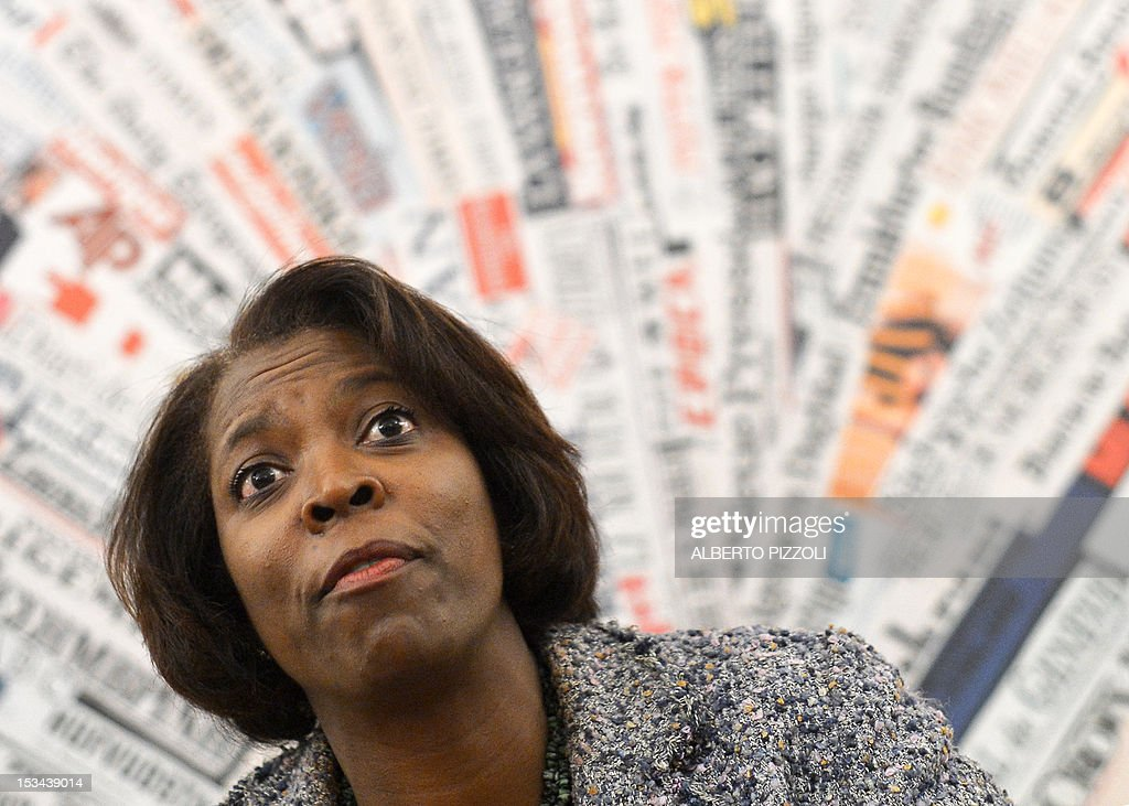 WFP (World Food Program) executive director Ertharin Cousin attends a press conference at Rome's foreign press association on October 5, 2012. AFP PHOTO / ALBERTO PIZZOLI