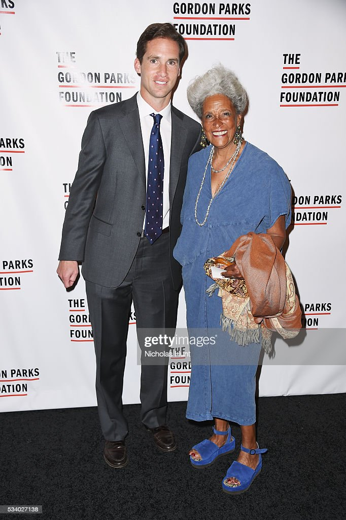 Executive Director of the Gordon Parks Foundation Peter Kunhardt Jr. and Liz Moskowitz attend the 2016 Gordon Parks Foundation awards dinner at Cipriani 42nd Street on May 24, 2016 in New York City.