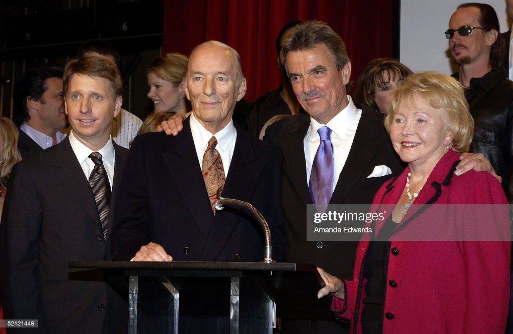 Executive Producer Brad Bell, Bill Bell, Eric Braeden and Lee Phillip Bell celebrate Braeden's 25th anniversary playing legendary character Victor Newman on 'The Young and The Restless' at a special ceremony on February 1, 2005 at CBS Television City in Los Angeles, California.