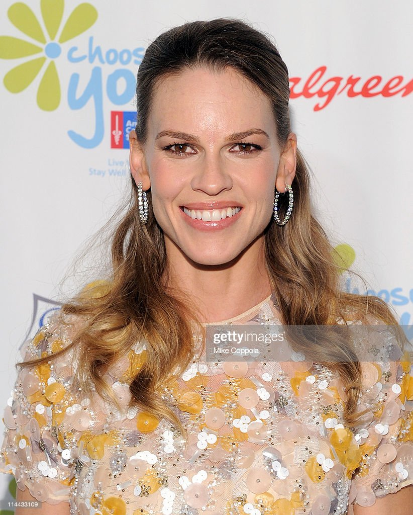 Executive Producer <a gi-track='captionPersonalityLinkClicked' href=/galleries/search?phrase=Hilary+Swank&family=editorial&specificpeople=201692 ng-click='$event.stopPropagation()'>Hilary Swank</a> attends preview of the first ever 'Choose You' documentary, created by Executive Producer <a gi-track='captionPersonalityLinkClicked' href=/galleries/search?phrase=Hilary+Swank&family=editorial&specificpeople=201692 ng-click='$event.stopPropagation()'>Hilary Swank</a>, alongside 2S Films and Go Go Luckey Entertainment, in colaboration with The American Cancer Society at Metropolitan Pavilion on May 19, 2011 in New York City.