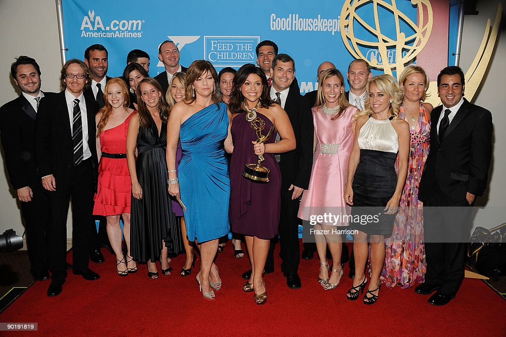 Executive Producer Janet Annino (C), TV personality Rachael Ray and cast, winners of the Emmy for Outstanding Talk Show/Entertainment, pose in the press room at the 36th Annual Daytime Emmy Awards at The Orpheum Theatre on August 30, 2009 in Los Angeles, California.