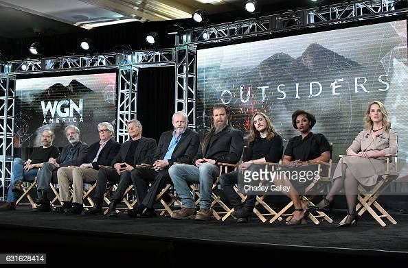 Executive producer Paul Giamatti creator Peter Mattei executive producer Peter Tolan director Jon Amiel and actors David Morse Ryan Hurst Kyle...