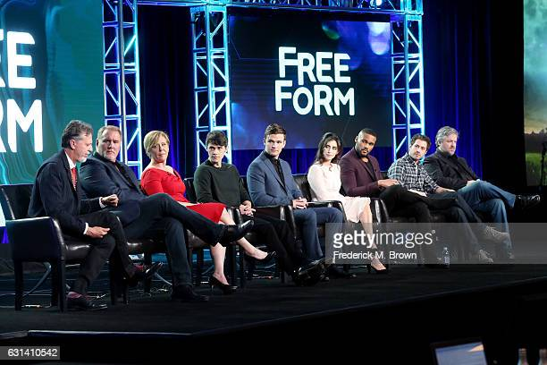 Executive Producer Tim Kring actors Michael McGrady Romy Rosemont Jonathan Whitesell Burkely Duffield Dilan Gwyn and Jeff Pierre and Executive...