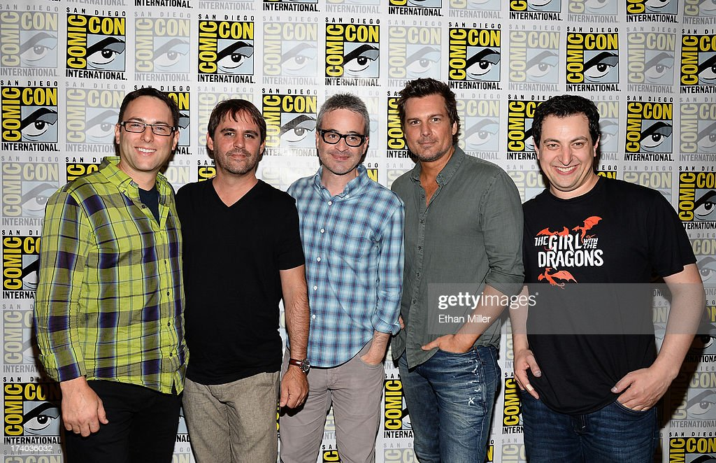 Executive producers Mark Goffman, Alex Kurtzman and <a gi-track='captionPersonalityLinkClicked' href=/galleries/search?phrase=Roberto+Orci&family=editorial&specificpeople=651307 ng-click='$event.stopPropagation()'>Roberto Orci</a>, director <a gi-track='captionPersonalityLinkClicked' href=/galleries/search?phrase=Len+Wiseman&family=editorial&specificpeople=224848 ng-click='$event.stopPropagation()'>Len Wiseman</a> and writer Phillip Iscove attend the 'Sleepy Hollow' press line during Comic-Con International 2013 at the Hilton San Diego Bayfront Hotel on July 19, 2013 in San Diego, California.