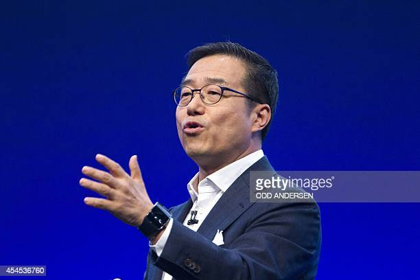 Executive Vice President of electronics giant Samsung D J Lee speaks during a presentation of new smartphone devices on the eve of the opening of the...