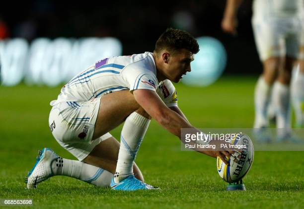 Exeter's Henry Slade lines up a penalty during the Aviva Premiership match at Twickenham Stoop London