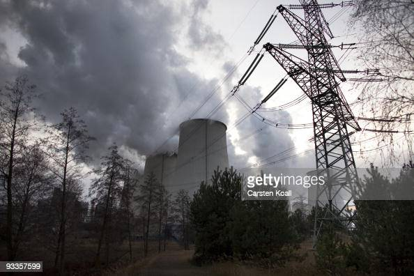 Exhaust plumes from cooling towers at the Jaenschwalde lignite coalfired power station which is owned by Vatenfall on November 24 2009 in Janschwalde...