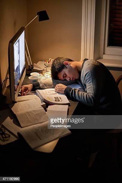 Épuisé avant son examen