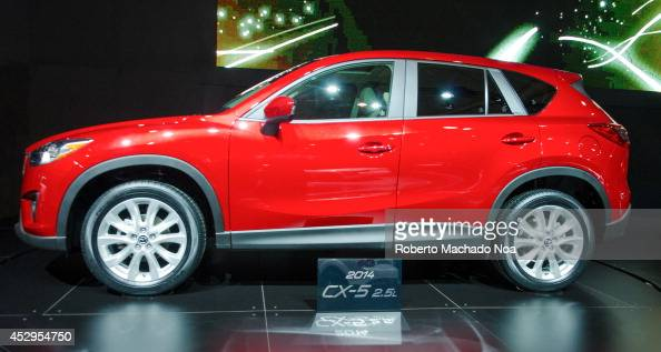 Exhibition of the 2014 CX5 during the Toronto's International Auto Show 2013 The show is arriving to 40 years this 2013