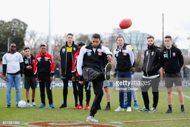 ExLiverpool and Manchester United stars including Steve McManaman David James Emile Heskey Louis Saha and Jose Klebersonjoin Richmond Tigers players...