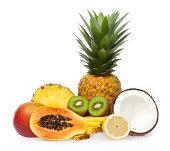 Composizione di frutta esotica, isolato su bianco