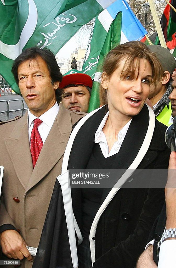 Ex-Pakistan cricketer <a gi-track='captionPersonalityLinkClicked' href=/galleries/search?phrase=Imran+Khan+-+Politician&family=editorial&specificpeople=13488792 ng-click='$event.stopPropagation()'>Imran Khan</a> (L) and his former wife Jemima Khan attend a demonstration outside 10 Downing Street in London, 28 January 2008, as Pakistan President Pervez Musharraf meets with British Prime Minister Gordon Brown. Khan and his former wife Jemima were reunited alongside some 400 demonstrators who booed and waved their fists as Musharraf arrived at Brown's Downing Street office, said an AFP reporter at the scene.