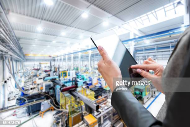 Expertise & digital tablet & production line