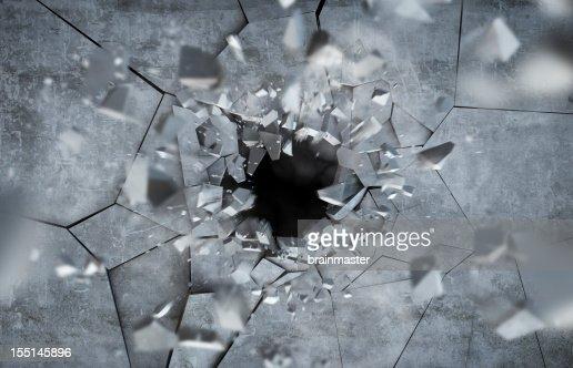 Exploding concrete Wall