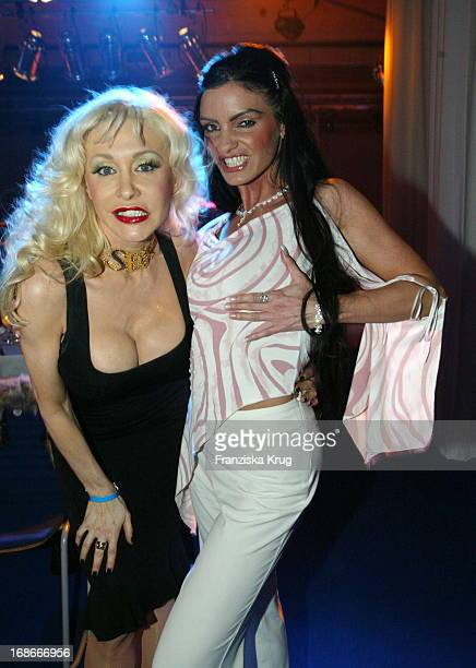 Exporn star Dolly Buster and Pornstar Carmen Riviera During the boxing match From S Ottke in Berlin