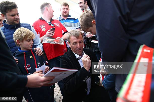 ExSouthampton legend Matt Le Tissier signs autographs prior to the Barclays Premier League match between Southampton and Manchester City at St Mary's...