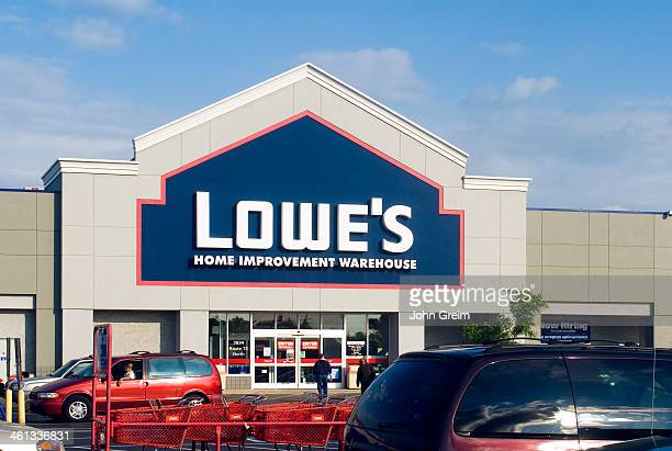 Exterior of a Lowe's brand hardware store