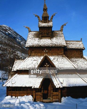 Exterior of a snow clad Borgund stavkirke church, Norway : Stock Photo