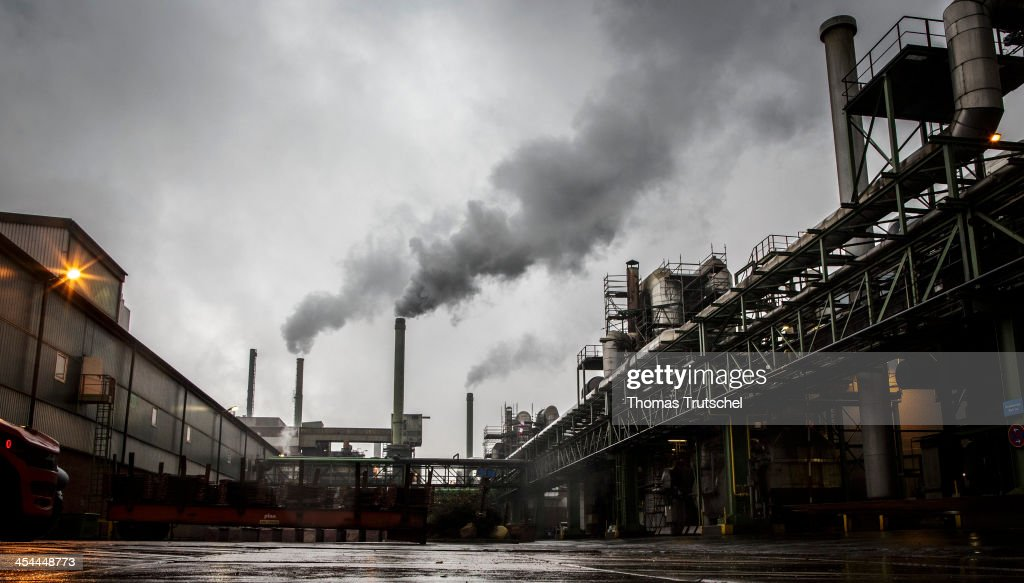 Exterior of an industrial plant on December 04 in Hamburg Germany Photo by Thomas Trutschel/Photothek via Getty Images